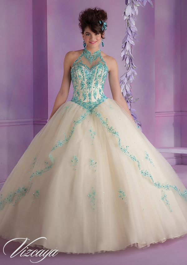521e827f6e7 Elegant Tulle Quinceanera Dress with Embroidery and Beading